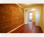 MASSIVE 2 Bed 2 Bath ~ HUGE PRIVATE GARDEN ~ Dishwasher/Microwave ~ East Village