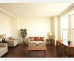 *Stunning* One Bedroom w/River Views in Brooklyn Heights $4,350/Month!!