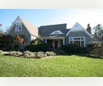 EAST HAMPTON  - SPACIOUS 4 BEDROOM WITH POOL