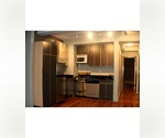 Greenwich Village - 2 Bedroom - Beautifully Renovated, Furnished with living room/kitchen