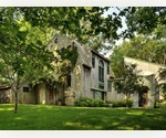 GREAT EAST HAMPTON BARNSTYLE RENTAL W/ TOTAL PRIVACY