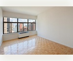Perfect start up apartment in Financial District call now for special incentives 